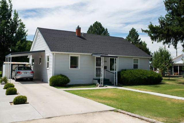 125 Michigan St, Gooding, ID 83330