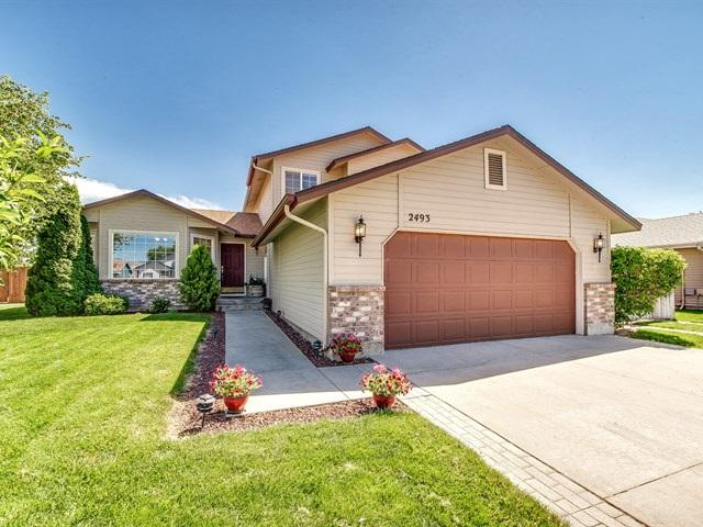 2493 E Tiger Lily Dr, Boise, ID 83716