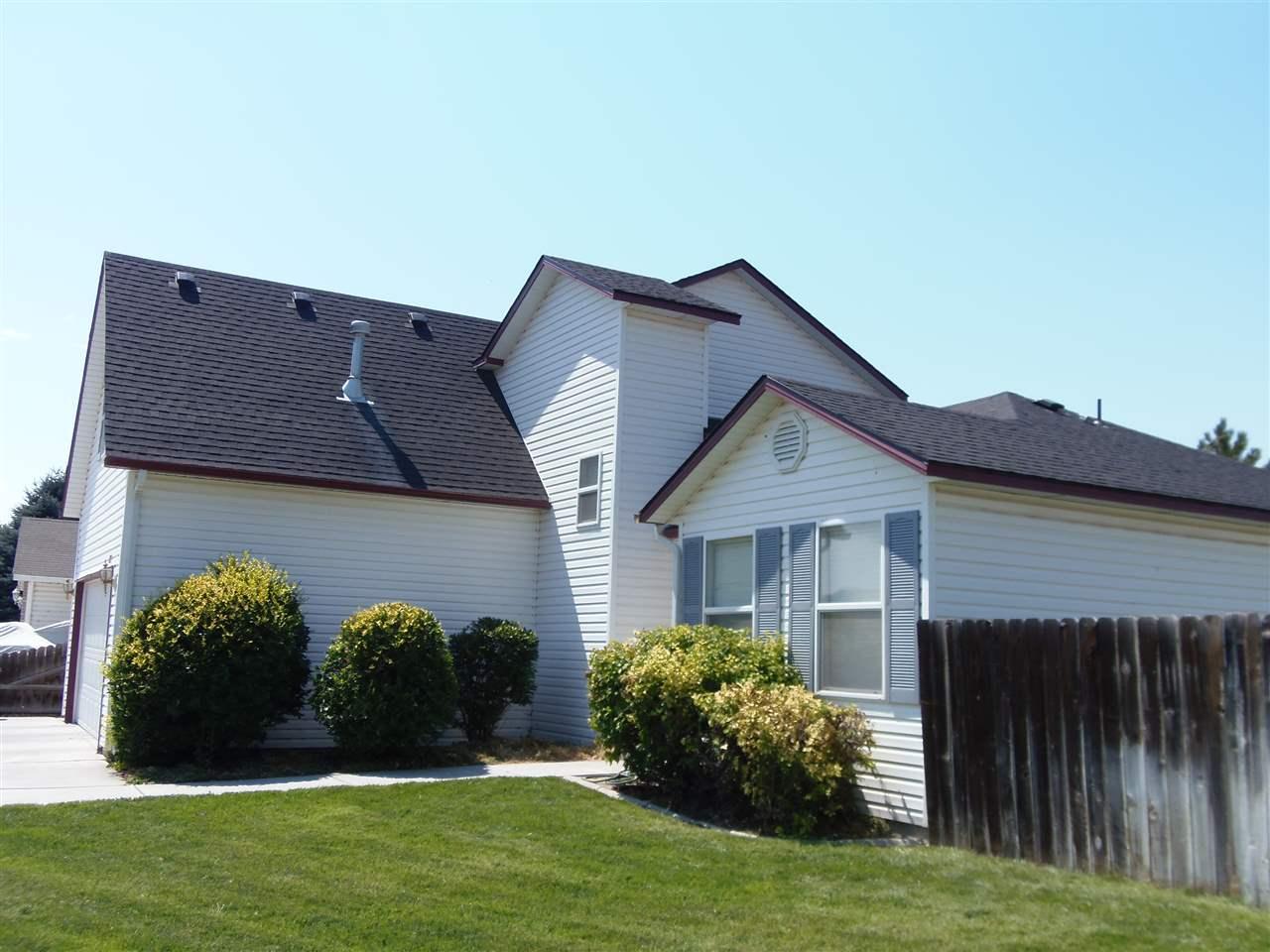 1715 Challis, Mountain Home, ID 83647