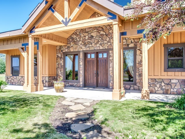 13127 Hawks Bay, Donnelly, ID 83615