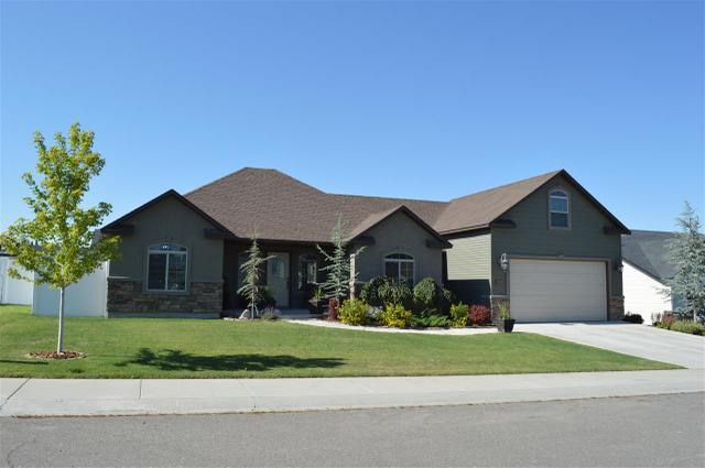 807 Pine St, Filer, ID 83328