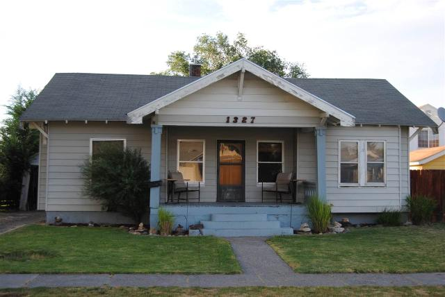 1327 6th Ave E, Twin Falls, ID 83301