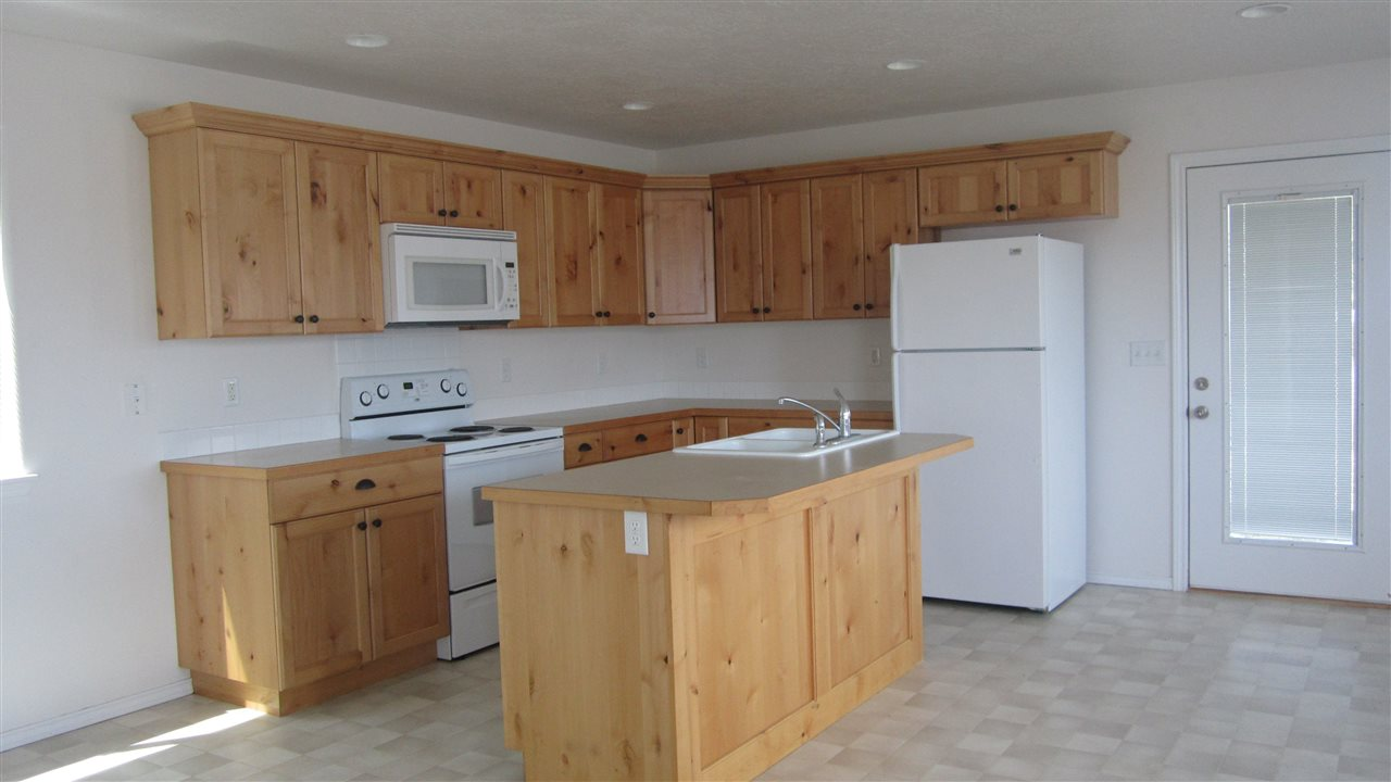 365 NW Jerome, Mountain Home, ID 83647