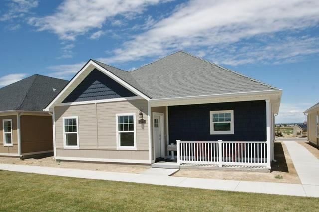1073 Retreat Ave, Twin Falls, ID 83301
