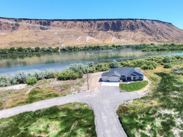 9214 Fish Pond Ln, Melba, ID 83641
