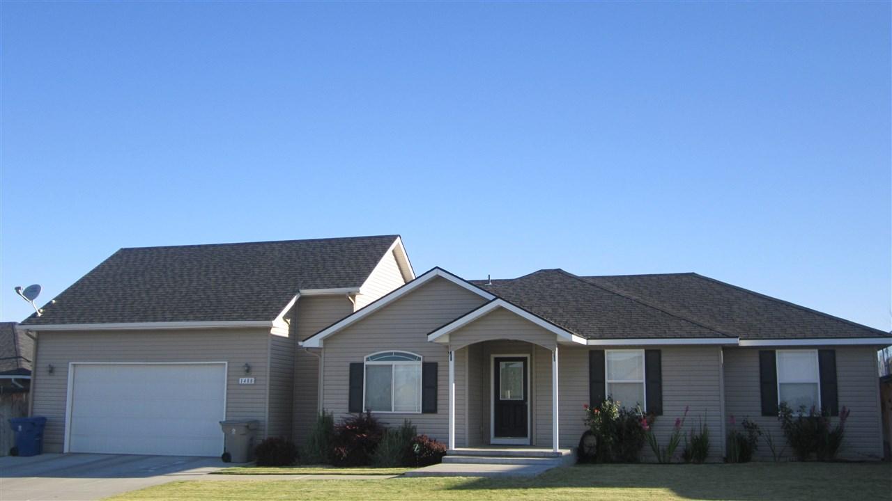 1488 NE Idarock, Mountain Home, ID 83647