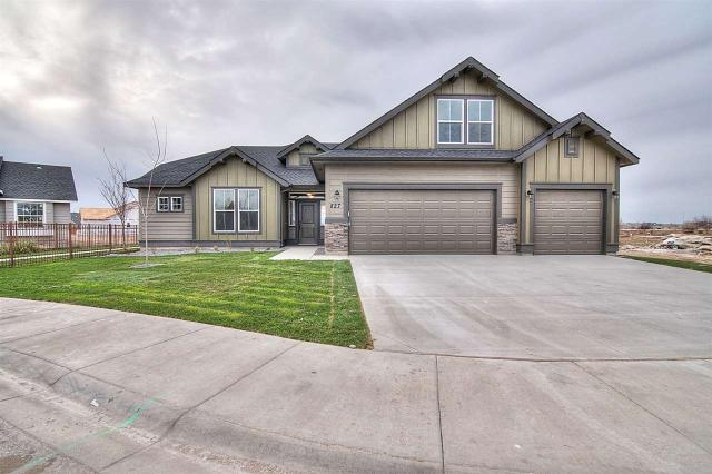827 N Hidden View Way, Star, ID 83669