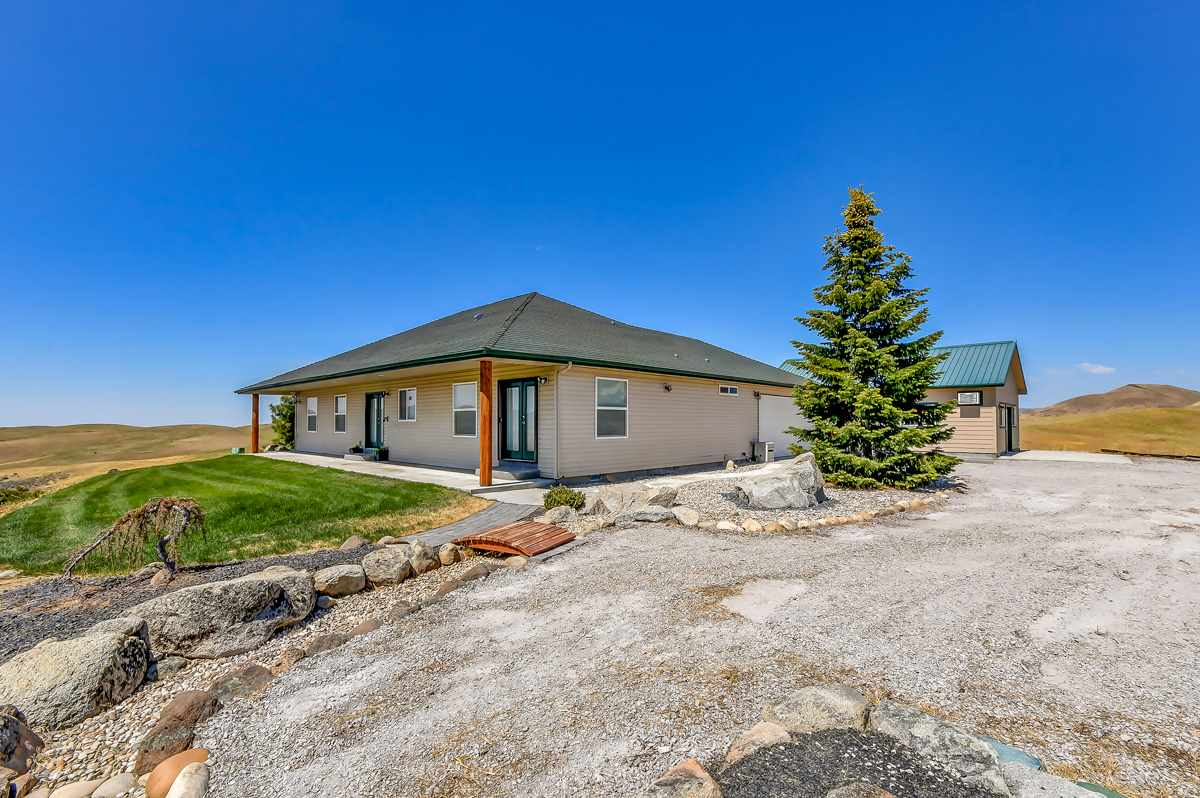 221 Dry Buck Road, Horseshoe Bend, ID 83629