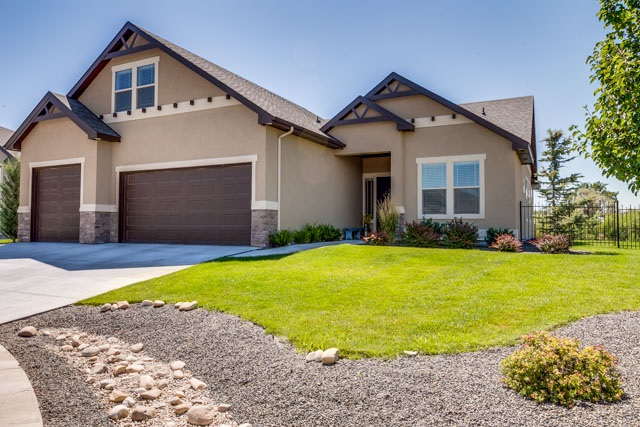 11657 Pinewood River Lane, Star, ID 83669