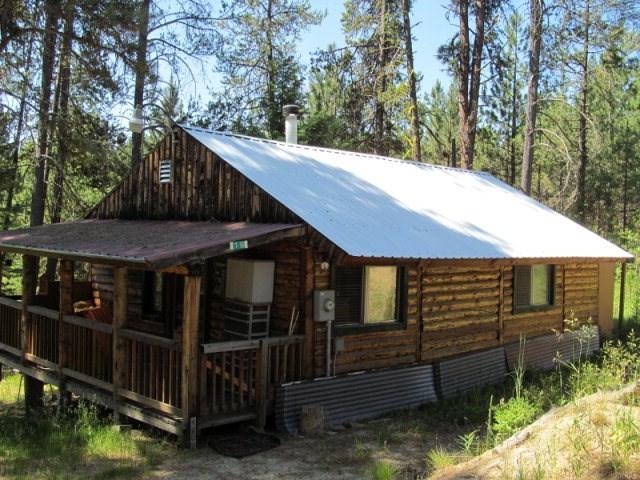 19 Pine Nut Pl, Cascade, ID 83611