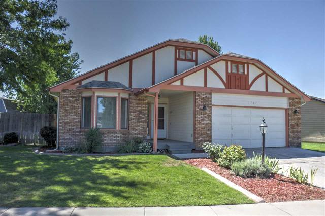 3737 W Sugar Creek Dr, Meridian, ID 83646