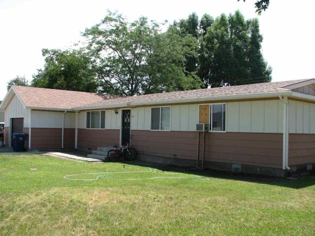 513 17th St, Rupert, ID 83350