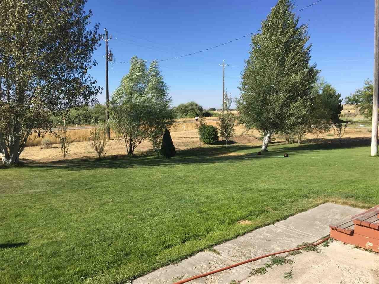 385 Highway 26, Shoshone, ID 83352