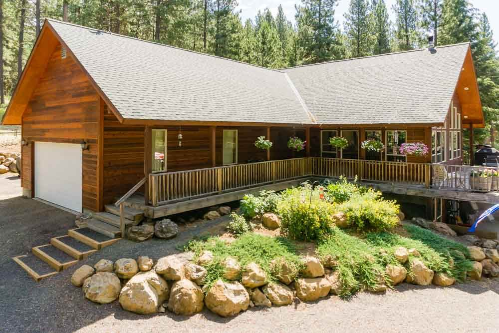 13292 Vili Road, Donnelly, ID 83615