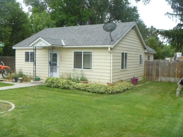 305 C Ave E, Wendell, ID 83355