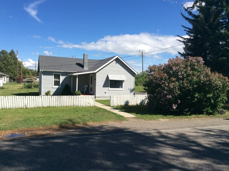 507 S Beverly St, Shoshone, ID 83352