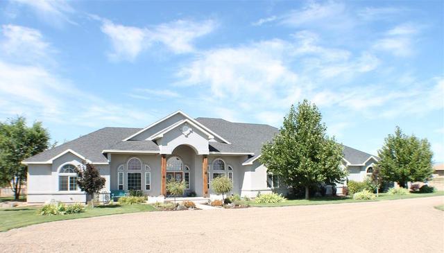 1740 SW Hamilton, Mountain Home, ID 83647