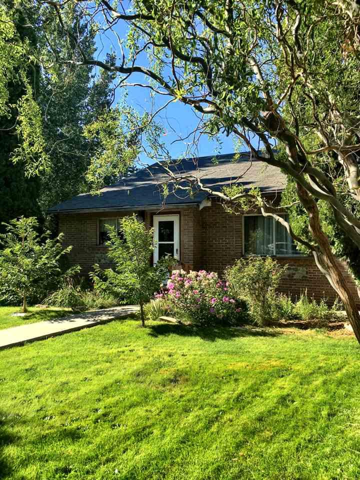 132 W Oregon Avenue, Homedale, ID 83628