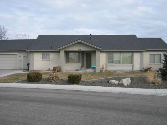 316 E Poplin St, Kuna, ID 83634