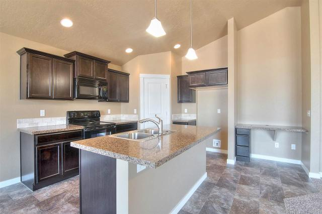 2934 NW 10th Ave, Meridian, ID 83646