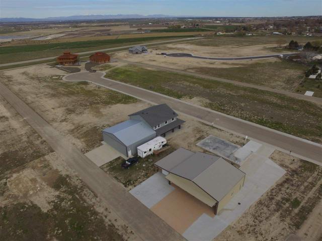 21260 Cessna Ct, Greenleaf, ID 83626