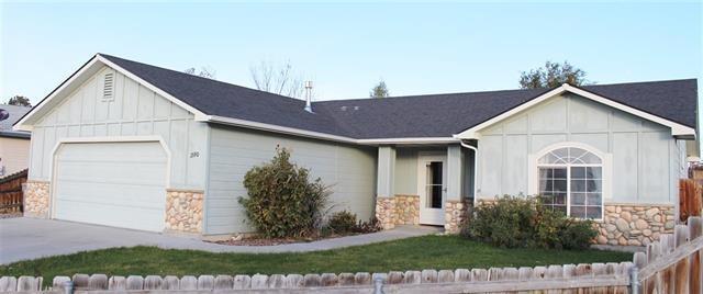 1590 Peregrine, Mountain Home, ID 83647