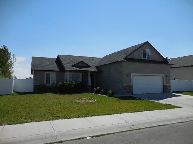 1035 Borah Ave W, Twin Falls, ID 83301