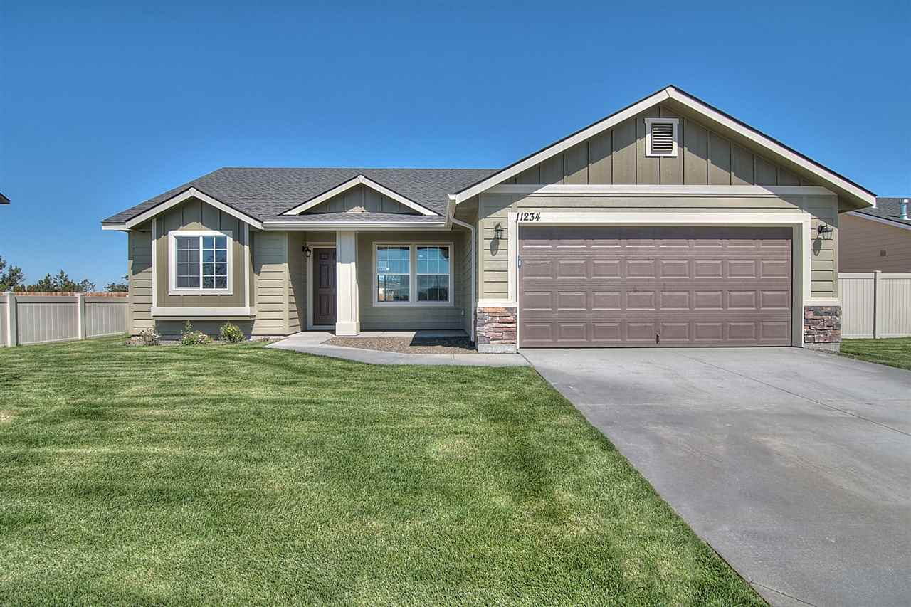 130 SW Crimson St, Mountain Home, ID 83647
