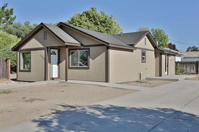 1207 7th Ave E, Twin Falls, ID 83301