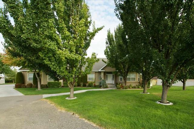 3195 Longbow Ln, Twin Falls, ID 83301