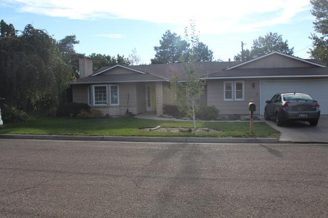 2424 Fairview Ave, Caldwell, ID 83605