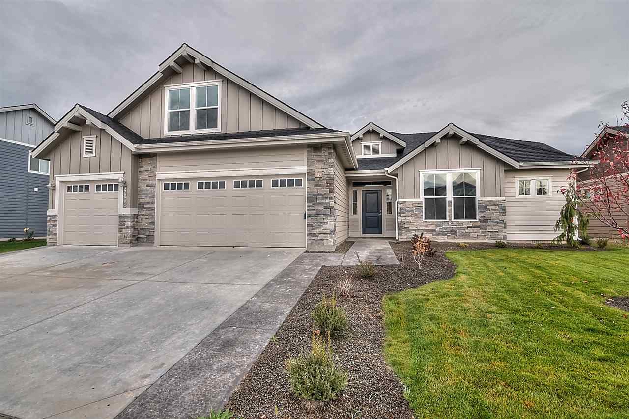 1387 E Redwick Dr, Meridian, ID 83646