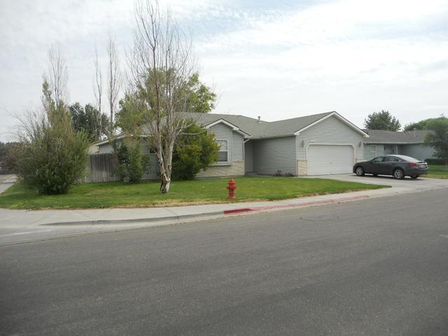 1200 S Garrett, Mountain Home, ID 83647