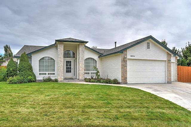 2674 N Old Stone Way, Meridian, ID 83646