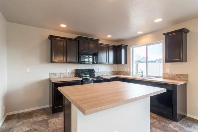 259 S Trutina Ave, Boise, ID 83709