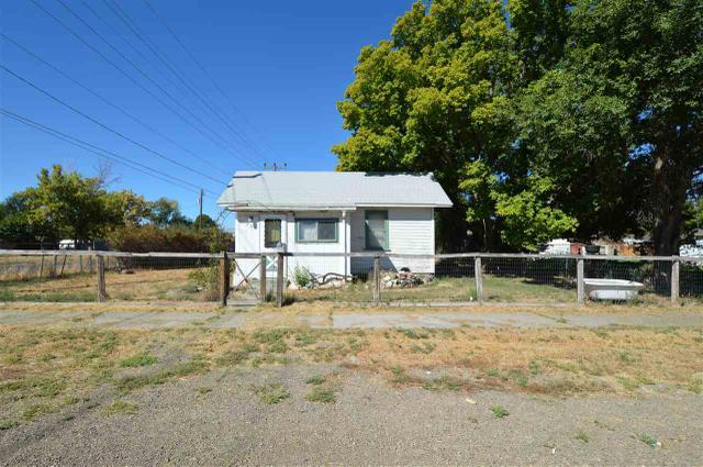 294 Lois St, Twin Falls, ID 83301