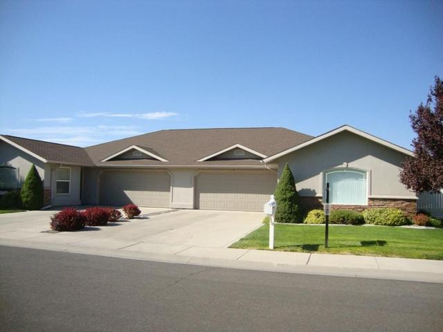 2551 Whispering Pine Dr, Twin Falls, ID 83301