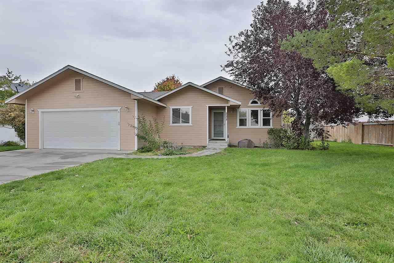 225 Cordova Ave, Twin Falls, ID 83301