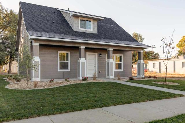 812 17th Ave S, Nampa, ID 83651