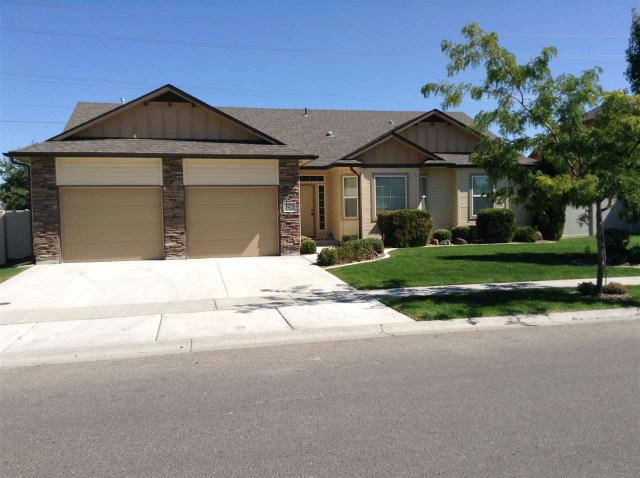 1920 S Sandcrest Dr, Nampa, ID 83686