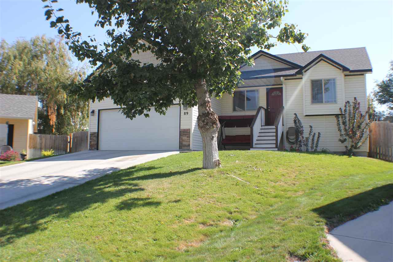89 S Peppermint Drive, Nampa, ID 83687