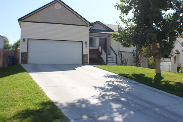 89 S Peppermint Dr, Nampa, ID 83687
