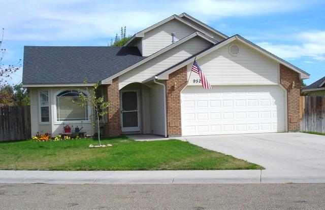 952 Blue Grass Way, Middleton, ID 83644