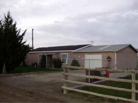 6050 E Suddith Rd, King Hill, ID 83633