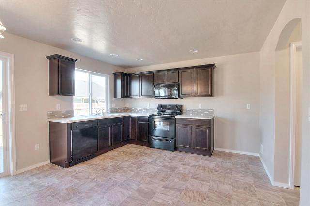 3500 S Fork Ave, Nampa, ID 83686