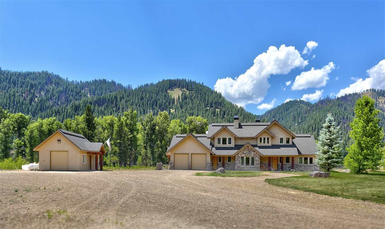 3351 Pine Featherville Road, Featherville, ID 83647