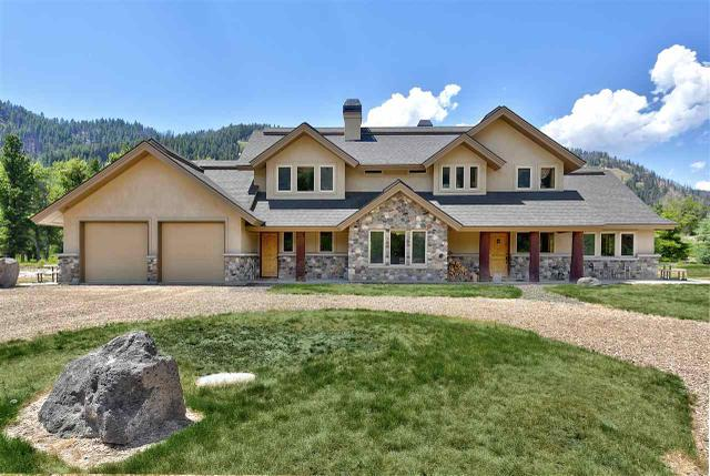 3351 Pine Featherville Rd, Featherville, ID 83647