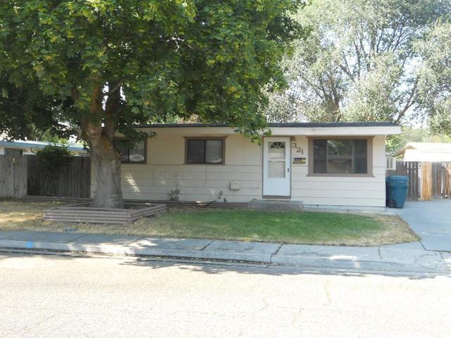 321 N 4th W, Mountain Home, ID 83647