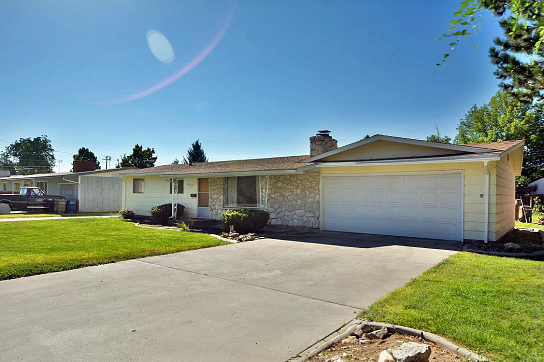 519 Lake Lowell Avenue, Nampa, ID 83686