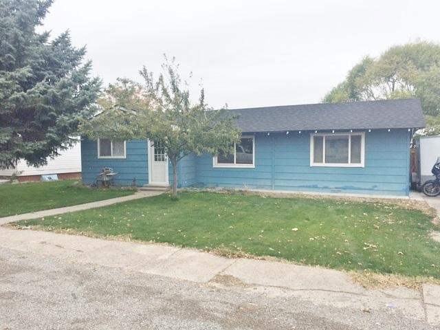 510 6th St, Filer, ID 83328